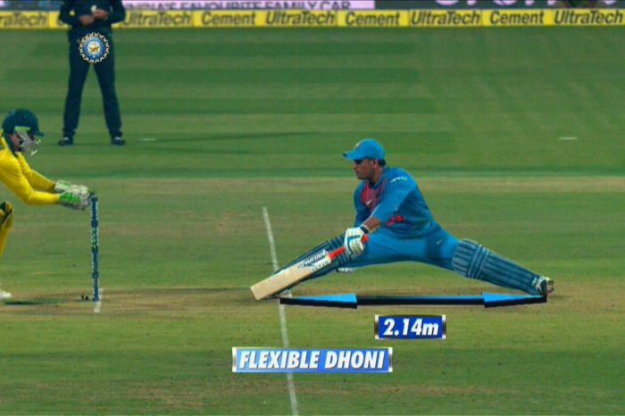 Dhoni's Incredible 2.14m Stretch Against Aussies Impresses Everyone, Calls It 'Just Dhoni Things'