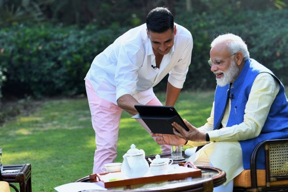 Akshay Kumar's non-political interaction with PM Narendra Modi